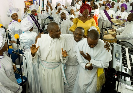 Fraith Project, Olutuno Pentecostal